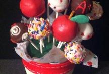 Cake ball/pop fun / by Debi Straub Tiffany