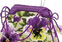 Kanaviçe çanta