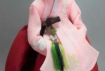 fabric dolls / made by mjkim design studio, 2017 cotton & silk fabric, 33×43cm