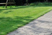 Bestrating Tuin | Vida / Inspiratie voor een moderne en kleurrijke tuin met sfeer in de Vida-stijl. Stijlkenmerken: kleurrijk, gezellig