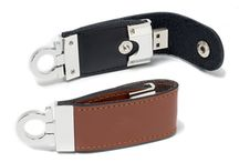 Custom Leather USB Flash Drives / Custom leather USB flash drives branded with your logo make a perfect premium promotional gift for your company. See more available models over at: http://www.memotrek.com/usb/leather-usb-flash-drives