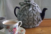Knitted Cable Teapot Cozy / Teapot Cozy