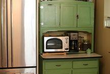 Hoosiers/Antique Cabinets / by Karen Herrmann Bonar