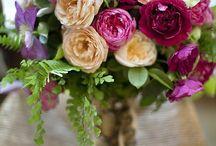 Flowers / Arrangements / Centre Pieces