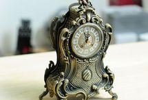 Đồng hồ để bàn giả cổ