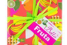 Cadeaus / Weinig zo leuk als een cadeau van Lush! Voor iedereen hebben we een prachtig presentje.
