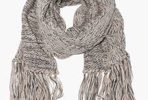 Accessories: Scarves / by Willow Topazocean