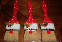 Holiday Crafts / by Kathleen Hinton Thompson