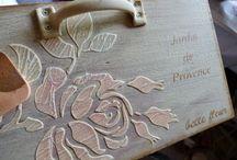 relieve en madera