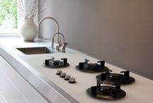 kitchen for love and work / Een nieuwe mooie, praktische keuken om goed in te kunnen werken en veel catering in te kunnen maken