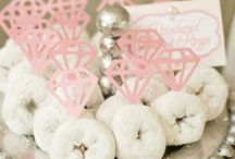 bridal showers >> / ideas for my sisters <3 / by Caitlin Pack Cook