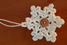 crochet flowers and stars / by Kelly Flanagan