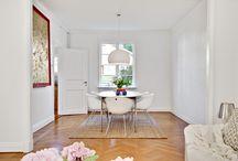 5 Livingroom / working fireplace Study room
