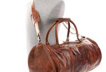LECONI ♥ Reisetaschen + Weekender / Mit einer Leconi-Reisetasche für Damen & Herren bist du jederzeit praktisch und vielseitig unterwegs - egal ob im Auto, im Flugzeug oder in der Bahn!