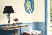 Welcoming Entryways / Your entryway will set the tone when you or your guests walk through your door, and color plays an important role. With Benjamin Moore, the options are endless. What is your entryway style?