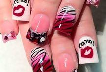 Nails Valentine