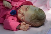 Reborn Baby Dolls / Lifelike dolls who are works of art.