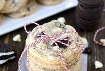 Bake whatcha momma gave ya! / by Cassie Puckett