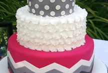 Girly cakes  / by Amber Phillips