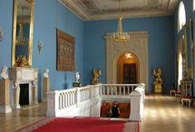 Pałac, dwór