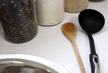 Aurélie savonnerie artisanale / Aurélie Savonnerie artisanale offre à ses visiteurs une visite explicative sur la fabrication du savon. De plus, venez juger de l'avantage écologique des produits faits à la main comparés aux produits de bain que vous utilisez couramment.  Vous pourrez essayez nos produits: les huiles sèches, les baumes, les crèmes ou encore découvrir notre nouveau déodorant naturel. Faites plaisir à votre nez et votre peau… visitez la savonnerie artisanale!