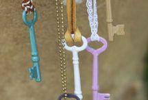 Crafts / by Jessi Maynard
