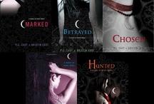 Books Worth Reading / by Christi Thorpe