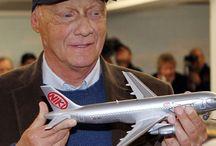 Niki Lauda: Champion of Innovation / Niki Lauda a sports cars champion, a great business man, an innovator, a modern leader a personal myth.