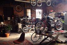 Motorcycle garage