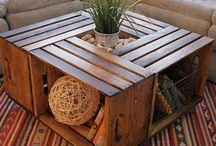 Mesa com caixotes