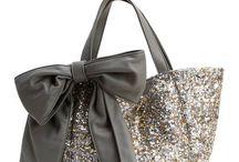 Mode / Inspirations diverses pour comment s'habiller ! En passant par les chaussures, les robes, les sacs ... A prix abordables ou non !