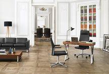 Profim / Firma to przestrzeń, w jakiej funkcjonujemy codziennie przez wiele godzin, współtworzona przez ludzi i otaczające ich przedmioty. Dlatego tak ważne jest dostosowanie tej przestrzeni do własnych potrzeb. Wiemy, że prawdziwy komfort daje połączenie ergonomii, technologii i estetyki. Tego wymaga każde stanowisko pracy. I każde krzesło.