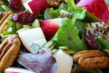 yemek ve salatalar