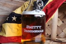 Personalized Glass Beer Growler / Glass Beer Growler is the perfect gift for any beer or whiskey lover