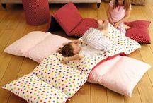 Kissen und Decken