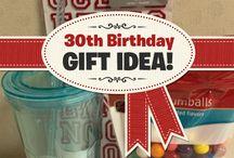 Gift Ideas / by Liz Watts