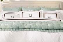 Future Master Bedroom? / by Chelsea Bienvenu