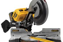 DEWALT DHS790AT2 FLEXVOLT 120v MAX 12 Double Bevel Compound Sliding Miter Saw / The DeWalt DHS790AT2 FlexVolt 120V Max Miter Saw is a top-of-the-line new miter saw. The FlexVolt technology is the first of its kind, as you can use either a power cord to power your miter saw, or you can use the FlexVolt 60V battery to power the miter saw.