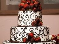 D.I.Y Cakes like a Pro / Learn how to make & decorate your own cakes & desserts.. / by Shannon Parker