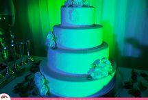 Luzes no Bolo de Casamento / Veja como a iluminação deu um efeito maravilhoso para o Bolo de Casamento de Ana Barros Bolos!