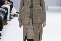 Mode // Balenciaga / Demma Gvasalia (2015 - ) Alexander Wang (2012 - 2015)  Nicolas Ghesquière (1997 - 2012)   Création de la marque : 1919 - Cristóbal Balenciaga