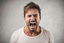 Enfado e ira. Gestualidad y comunicación no verbal