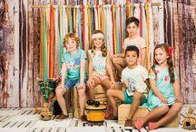 Colección Aloha from Hawaii / Verdes aturquesados y naranjas ácidos se mezclan para conseguir una familia fresca y divertida inspirada en el folclore hawaiano