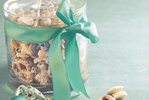 Easy gift giving / Easy and quick gifts to give for the holidays