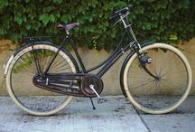 pretty bikes / by Liz Pauk