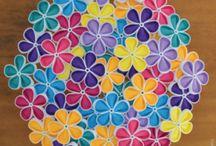 Threaded Kanzashi / flower petals threaded together to form threaded Kanzashi flowers