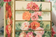 Pretty Boxes / Lovely trinket and storage boxes / by Cindy Trout