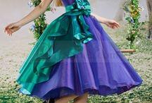 Fashion / Mad hatter dress