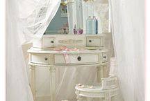 All that shabby but chic