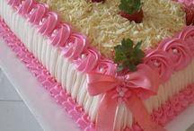 Téglalap formájú torták